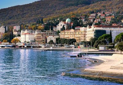 Croatia Guide. Croatia Country Profile.