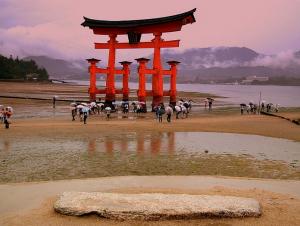 o-torii gate miyajima