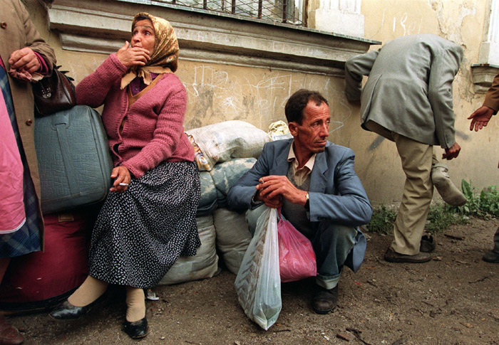 Moslem refugees from Banja Luka arrive in Travnik July 7, 1993.