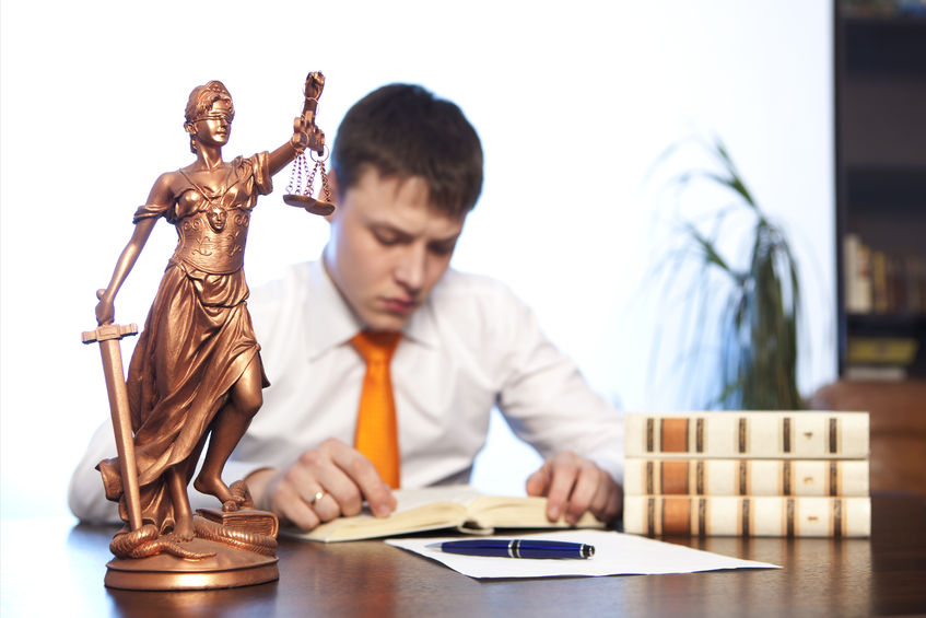 DayTranslationsBlog Pros and Cons of Working at a Large Law Firm