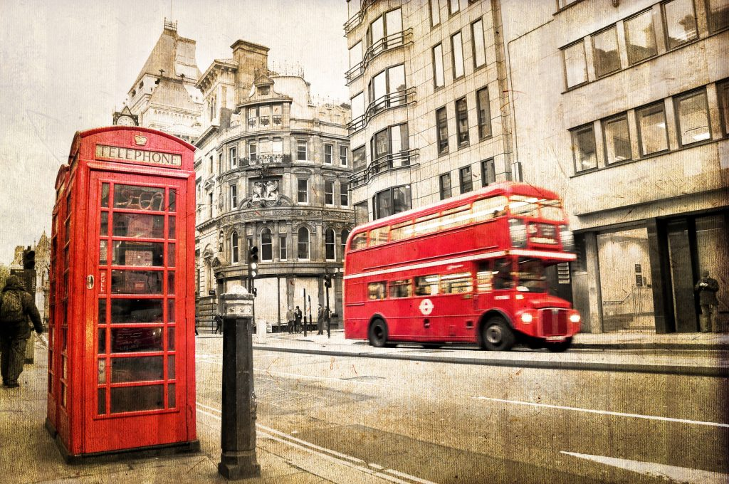 red double decker bus and red phone booth