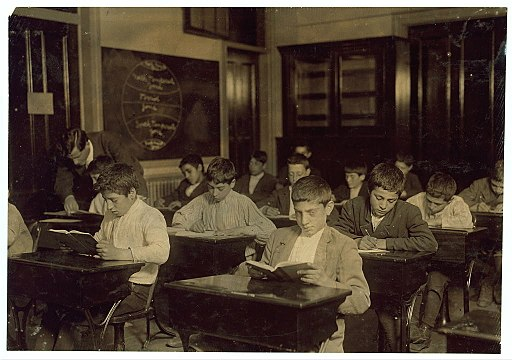 Immigrants in night school learning heritage languages