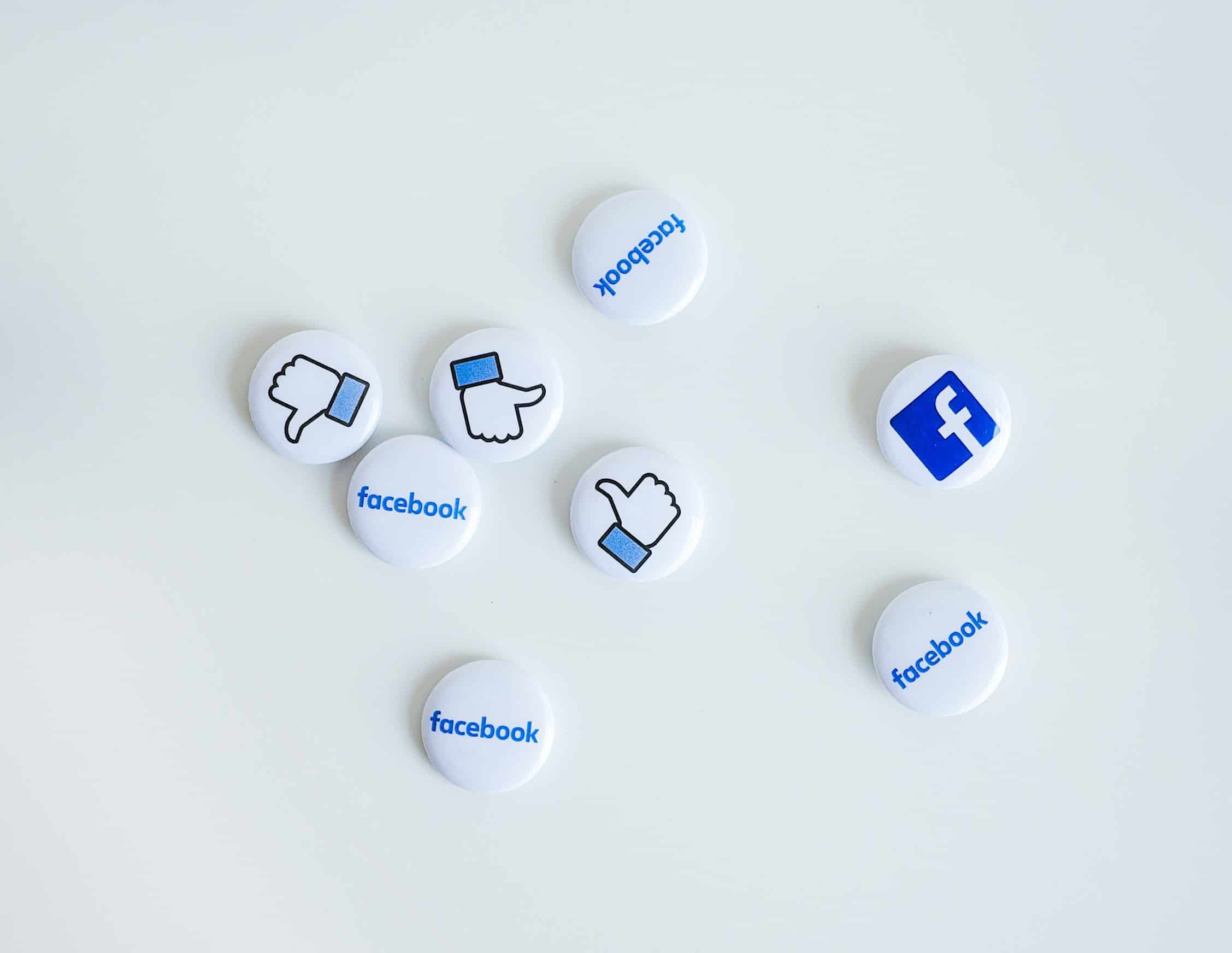 facebook-buttons-on-white-background