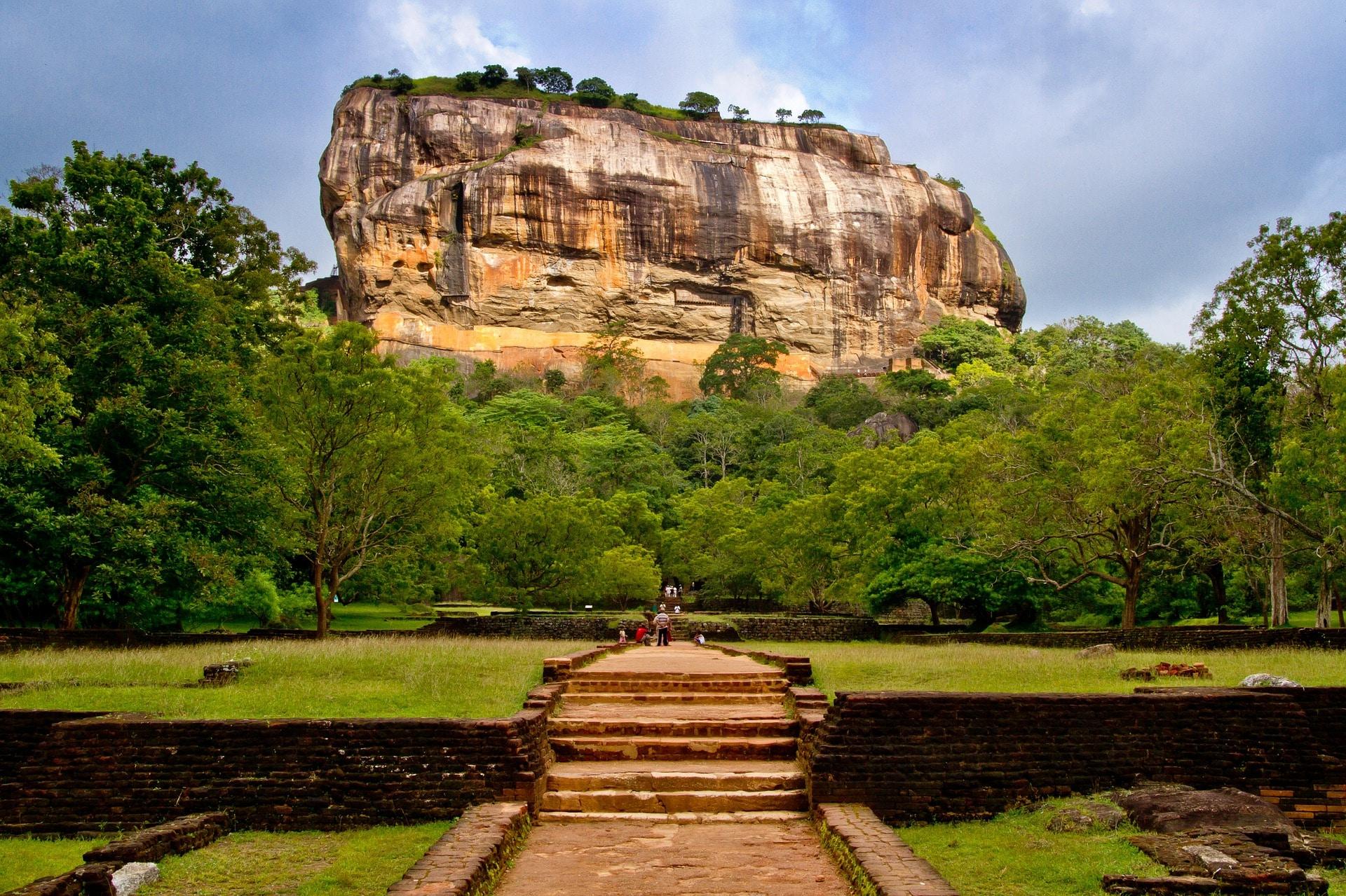 Sigiriya-in-sri-lanka