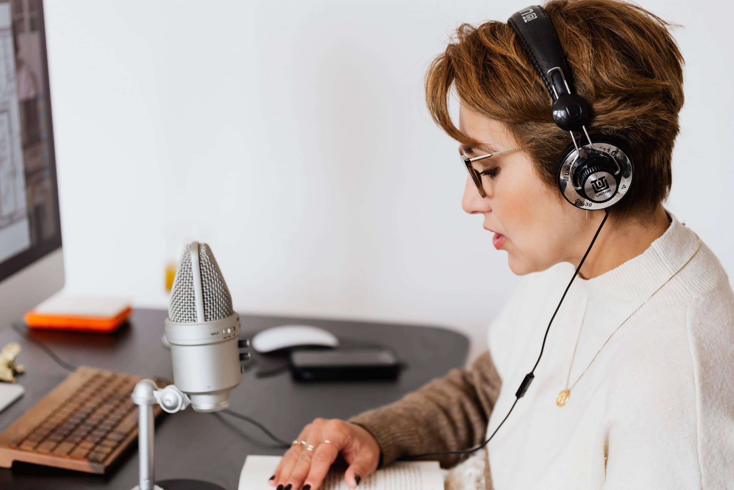 How to Kick off your Career as a Professional Interpreter