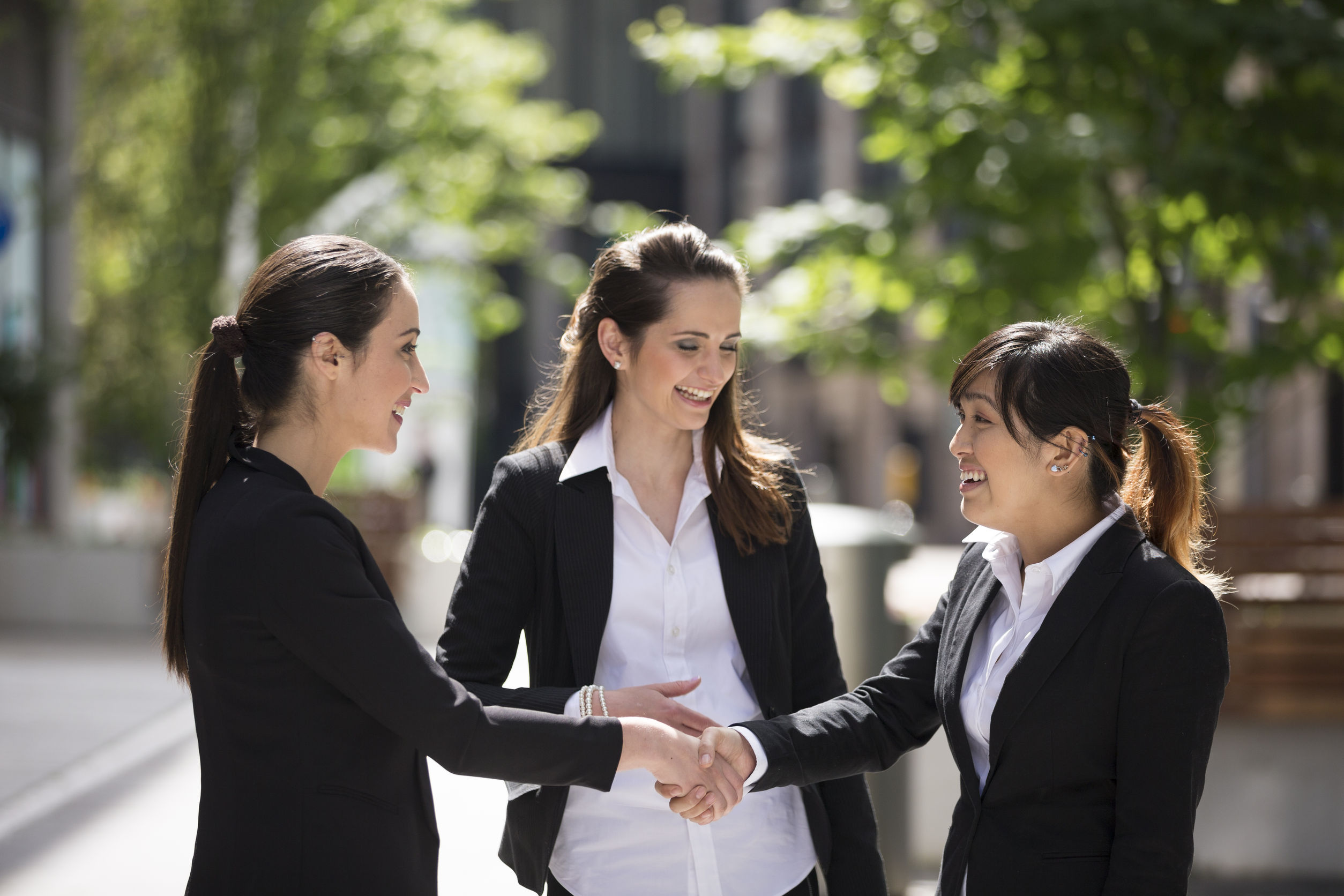caucasian business women shaking hands. business concept